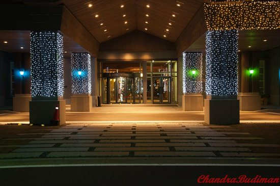 InterContinental Alpensia Pyeongchang Resort: View to hotel lobby