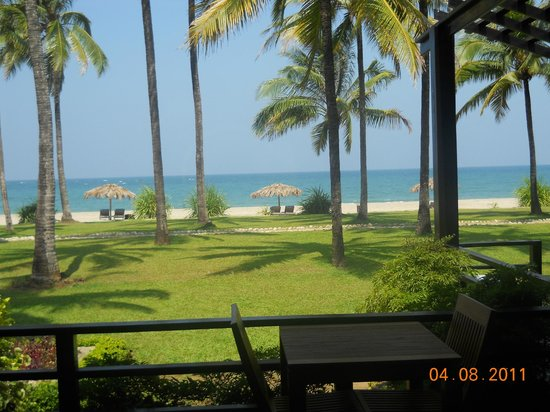 Bay of Bengal Resort: view from deck
