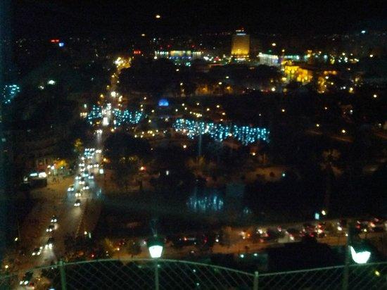 Capital Tirana Hotel: Rooftop Restaurant Close to Hotel