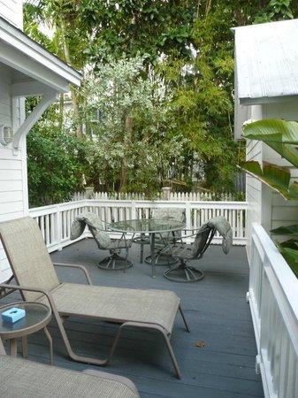 The Paradise Inn: The porch
