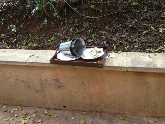 Zimbali Lodge: Dining tray left unattended for more than 24 hours