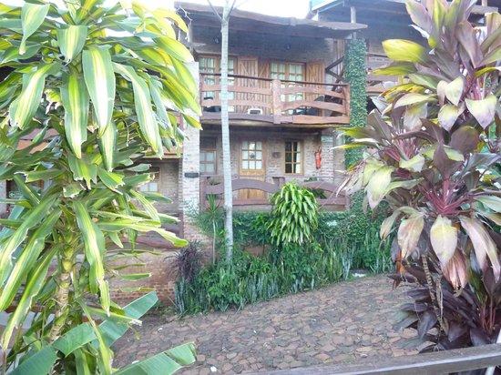 Jasy Hotel: Habitación 4 desde pileta