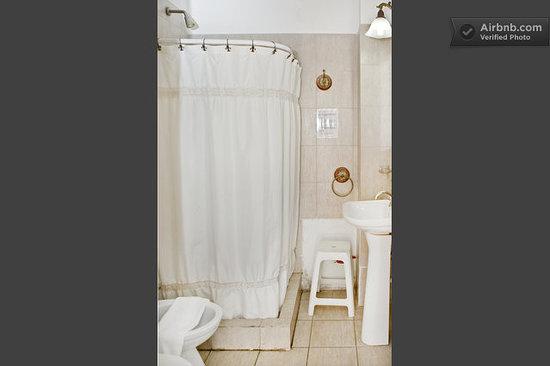 Caseron Porteno B&B: Bathroom