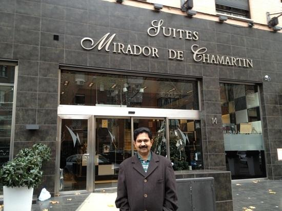 Hotel Mirador de Chamartin : In front of the hotel