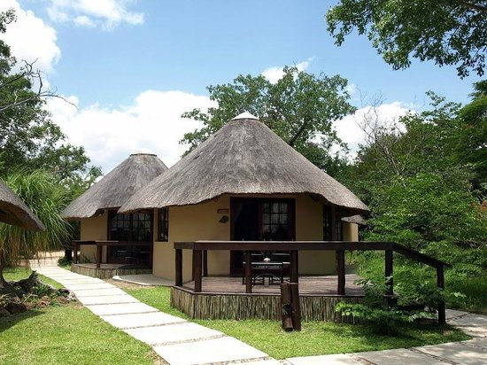 Elephant Plains Game Lodge: Lodge