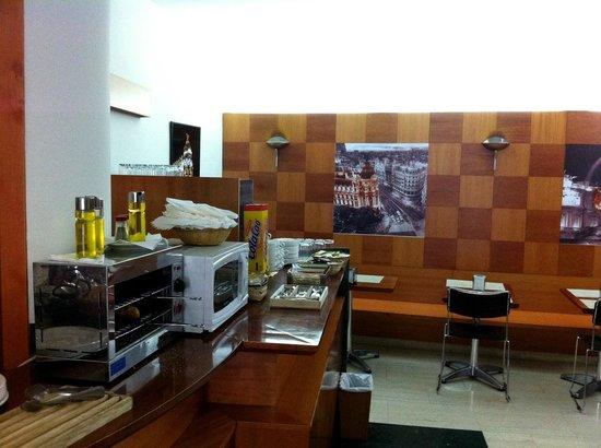 Hotel Madrid Torrejon Plaza : Breakfast1