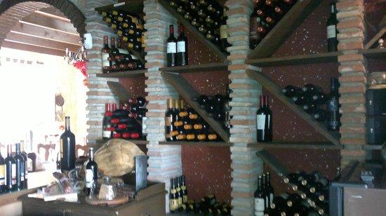 Meson Dona Lola : winery