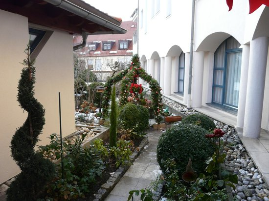 TOP Duerer Hotel: Gartenbereich