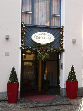 TOP Duerer Hotel: Eingang vom Hotel