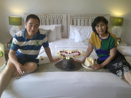 KajaNe Mua Private Villa & Mansion: Parents' Wedding Anniversary