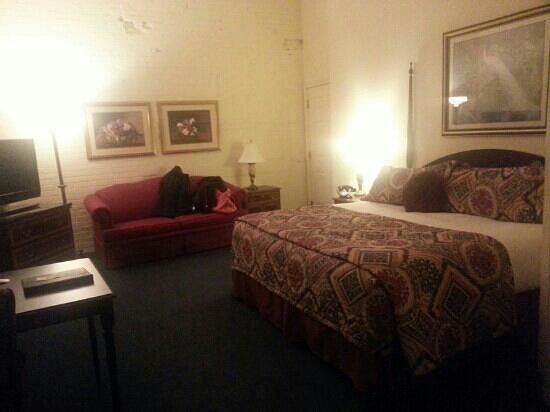 Hotel at Old Town: king bed suite