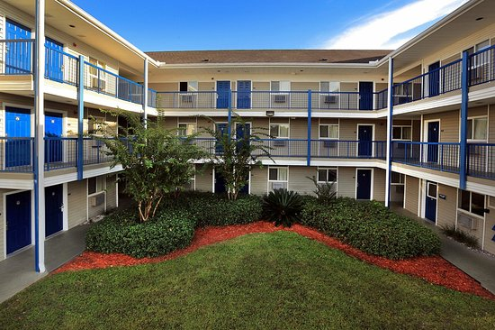 Stay Suites of America: Courtyard