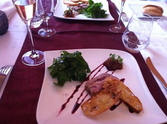 Auberge de la Baraque : entrée écrasé de caille et foie gras