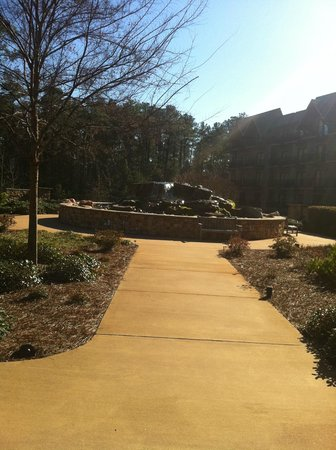 The Lodge and Spa at Callaway Gardens: The grounds.