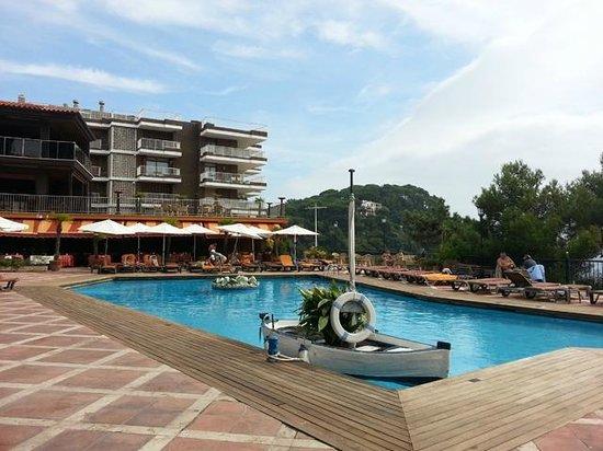 Rigat Park & Spa Hotel: PIscina