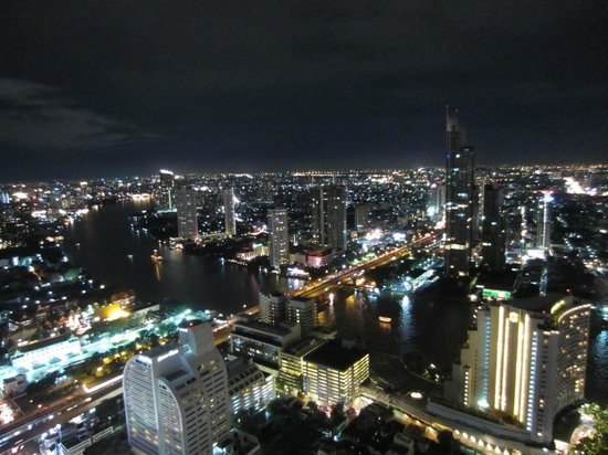 lebua at State Tower: 54th Fl. - City and Chao Phraya River at night