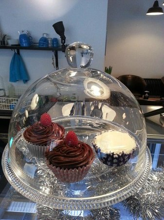 Relish Cafe: A couple of cupcakes...