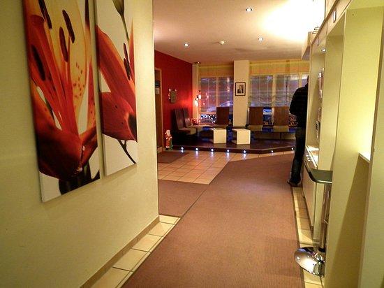 Hotel Scholz: Reception, Internet area