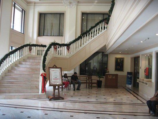 Ramada D MA Bangkok: lobby