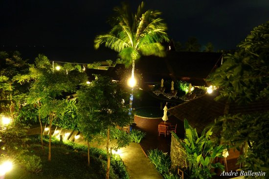 Nora Buri Resort & Spa: View Room 712 at night