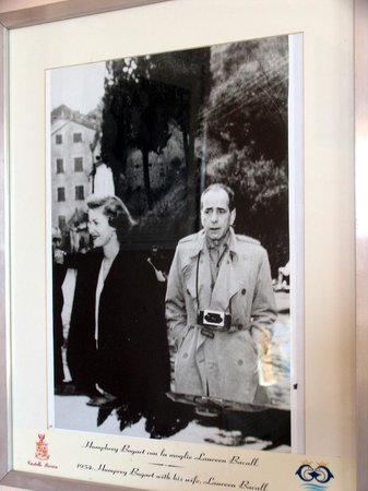 Portofino, Italia: Bogie & Bacall