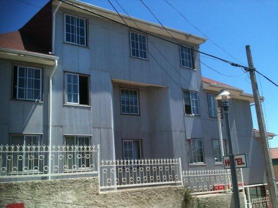 Hotel Montealegre de Valparaiso: En reparación. Mucho ruido en las mañanas
