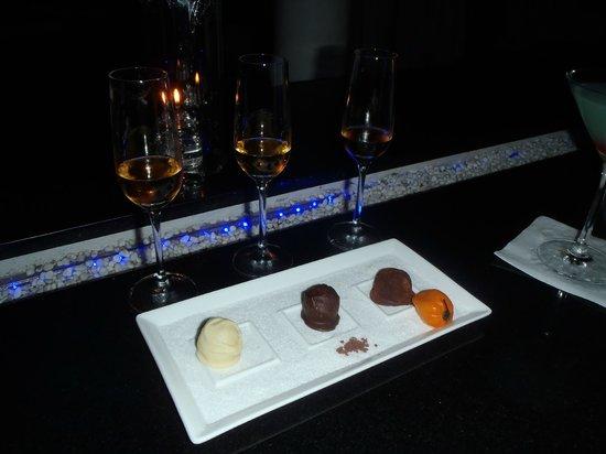 Infiniti Restaurant & Raw Bar: Rum and Chocolate Flight