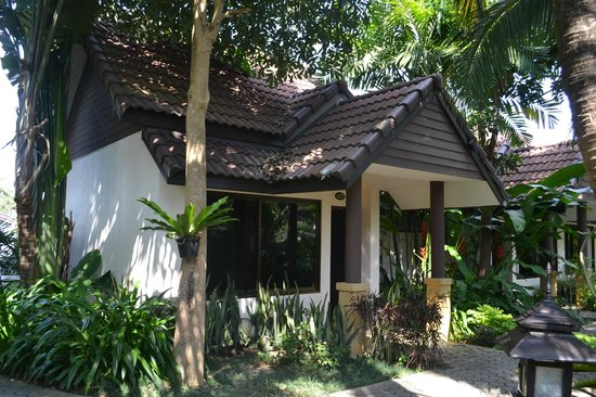 Laluna Hotel and Resort: Our bungalow