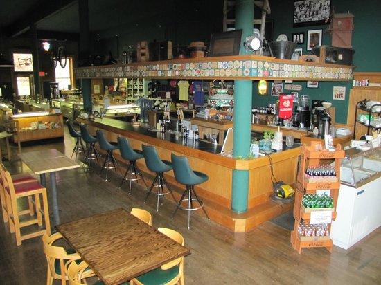 Deadwood Loading Dock Lucnhroom: bar