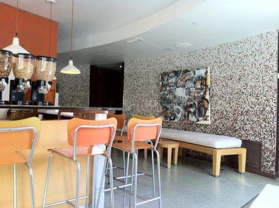 Hotel St. Augustine: Bar & Übergang zu Rezeption