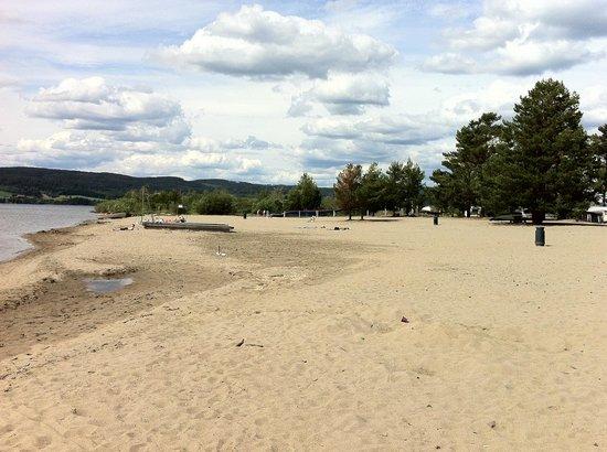 Onsakervika Camping: Nydelig strand som er yppelig for barn