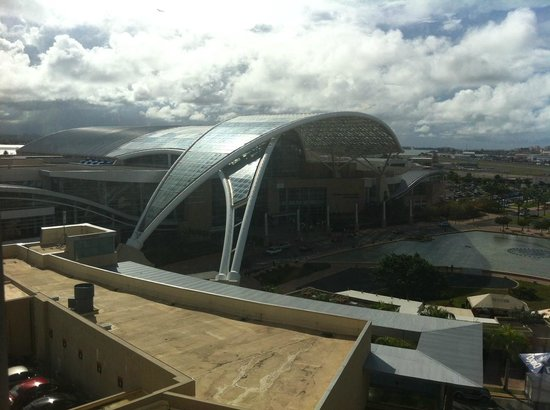 Sheraton Puerto Rico Hotel & Casino: View from 8th floor room of Convention Center