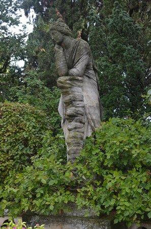 Jardins de l 39 abbaye saint andr villeneuve les avignon for Entretien jardin villeneuve les avignon