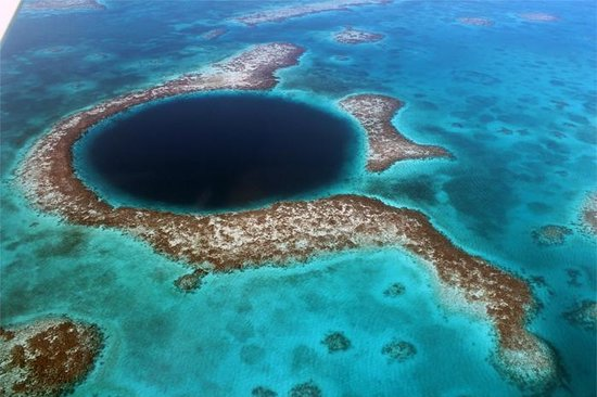 The Great Blue Hole at Lighthouse Reef: Blue Hole on 12.12.12 at 12