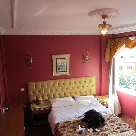 Stone Hotel: Rm 301 - Nice