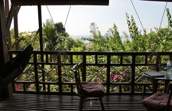 Le Bout du Monde - Khmer Lodge: Vue depuis la terrasse de la chambre Sovann 