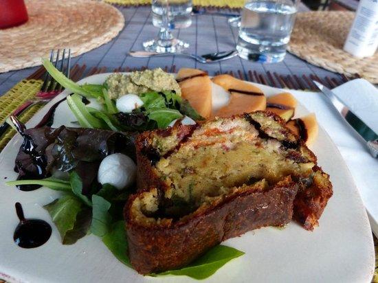 Mas Les Fleurs d'Hilaire : An example of dinner...