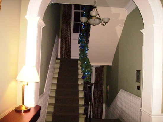 The Bank - Anstruther: Entrance hall