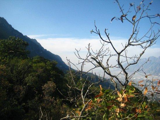 Parque Ecologico Chipinque: mountains...