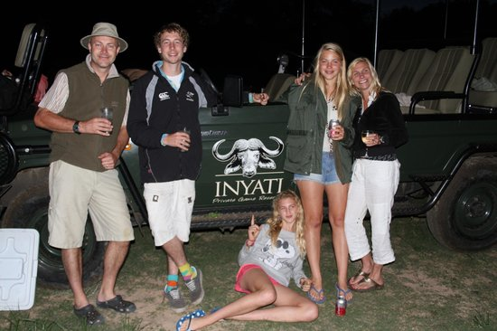 Inyati Game Lodge: The Family at Sundowners