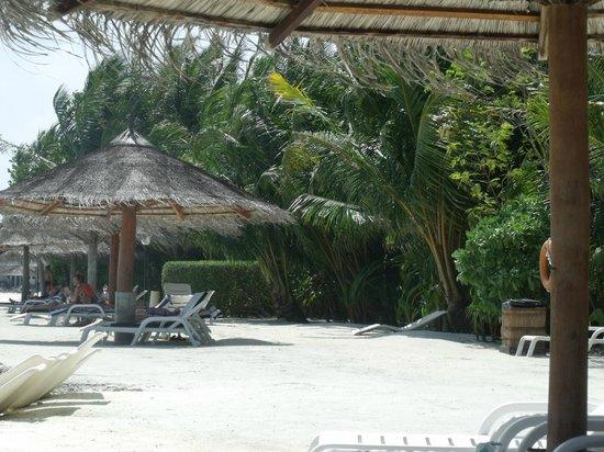 Cinnamon Dhonveli Maldives: spiaggia