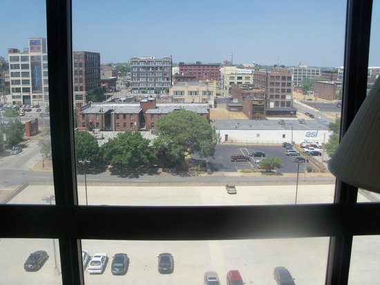 Pear Tree Inn Union Station: View from room