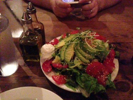 Flatbread Company: Salad goat cheese, avocado, tomato - so yummy 