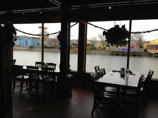 Liberty Brewery Grill Back Room Overlooking The Water