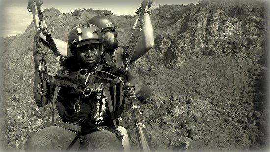 Fly Mami Afrika: Karim