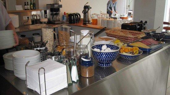Guesthouse Sunna: Voilá, das Frühstücksbuffet