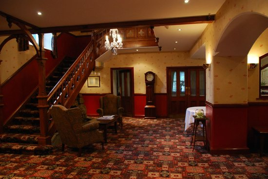 Glendalough Hotel: Hall