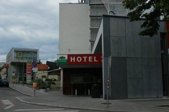 Gartenhotel Altmannsdorf Hotel 2: Hotel