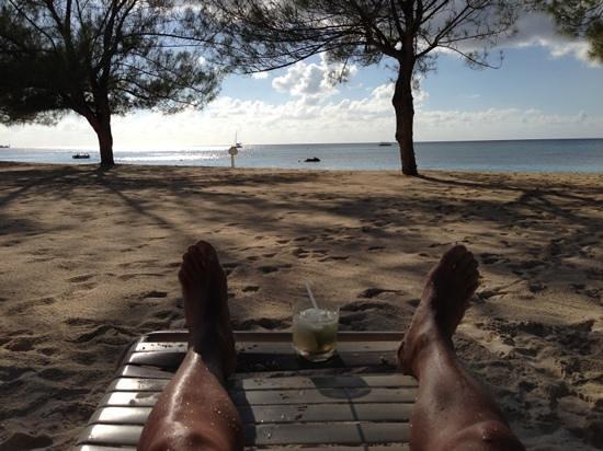 The Islands Club: Last afternoon on the beach with caipirinha.