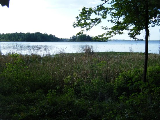 Three Rivers State Park: Lake near campground